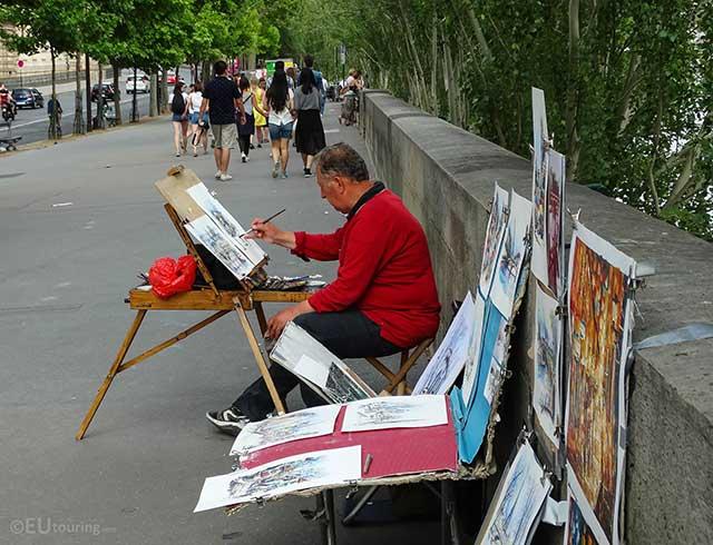 Artista Local em Paris