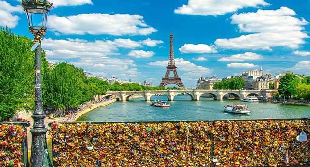 Cadeados do Amor Na Pont Des Arts